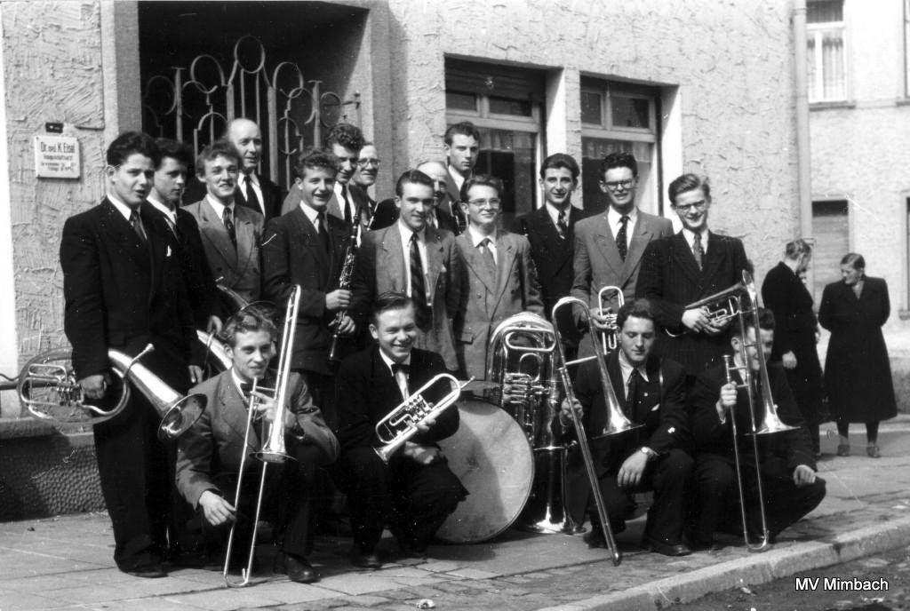 Mimbacher Musiker Ende der 1950er Jahre,ganz links Edmund Schwarz, Tenorhorn(Quelle: Unbekannt, Hinweise erbeten)